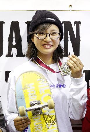 日本オープン・ストリート選手権女子で優勝した藤沢虹々可=ムラサキパーク東京