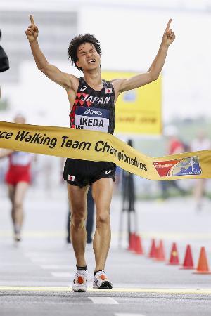 世界競歩チーム選手権 男子20キロで優勝した池田向希=2018年5月、中国・太倉(ゲッティ=共同)