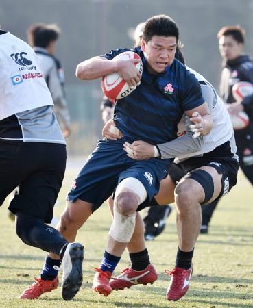 ラグビーの日本代表候補合宿に練習生として参加した立川=千葉県浦安市
