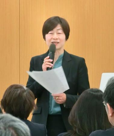 競技団体の女性理事を増やす方策について話すJOCの山口香理事=2月27日、東京都北区