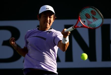 BNPパリバ・オープン 2回戦に進出した西岡良仁=7日、インディアンウェルズ(ゲッティ=共同)