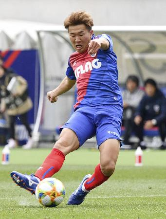 FC東京―名古屋 後半、決勝ゴールを決めるFC東京・永井=味スタ