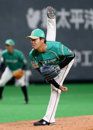 5回1安打無失点で今季初勝利を挙げた日本ハム・杉浦=札幌ドーム