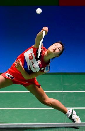 女子シングルス準々決勝 タイ選手と対戦する奥原希望=武蔵野の森総合スポーツプラザ
