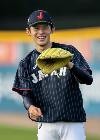 野球のU18W杯2次リーグの韓国戦に先発で初登板することが発表された高校日本代表の佐々木朗希投手=6日、韓国・機張(共同)
