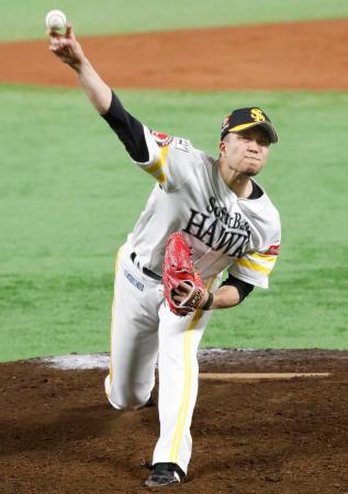 プロ野球ロッテ戦でノーヒットノーランを達成したソフトバンクの千賀滉大投手。育成ドラフト出身選手としては初の快挙となった=6日、ヤフオクドーム