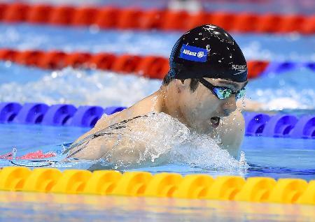 男子50メートル平泳ぎ(運動機能障害SB3)決勝 銀メダルを獲得した鈴木孝幸=ロンドン(共同)