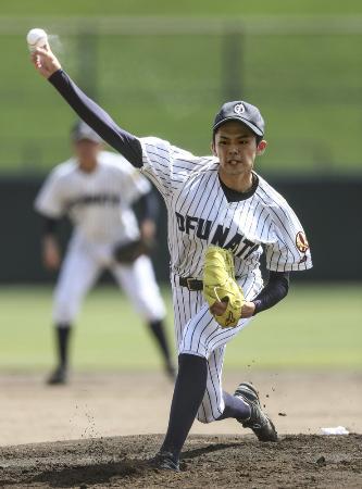 今夏の岩手大会で注目された大船渡の佐々木朗希投手=7月、岩手県営野球場
