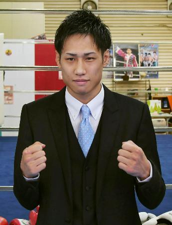 IBFスーパーフライ級王座の挑戦者決定戦を行うことが決まった石田匠=3日、大阪市