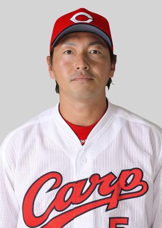 広島の長野久義外野手