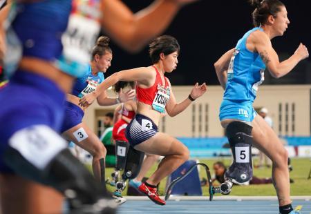 女子100メートル(義足)決勝 6位の兎沢朋美=ドバイ(共同)