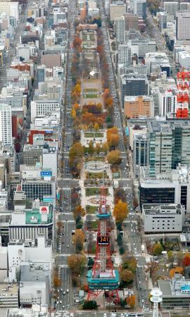 札幌市の大通公園(共同通信社ヘリから)