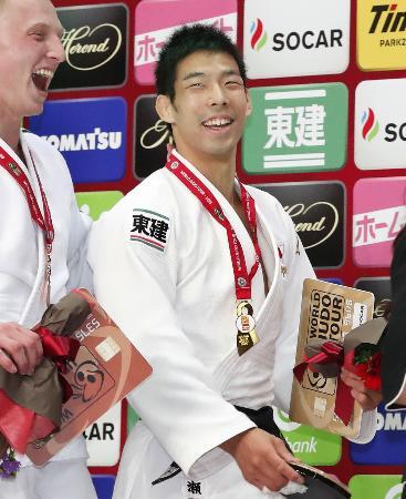 男子81キロ級で優勝し、笑顔の永瀬貴規=丸善インテックアリーナ大阪
