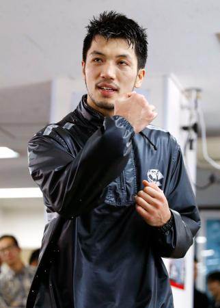 初防衛戦に向け、調整する村田諒太=12日、東京都新宿区の帝拳ジム