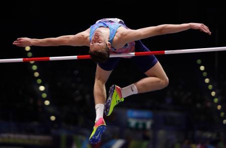 ドーピング検査を巡る不正が問題視されているダニル・ルイセンコ。2018年、英バーミンガムでの世界室内選手権での競技の様子(AP=共同)
