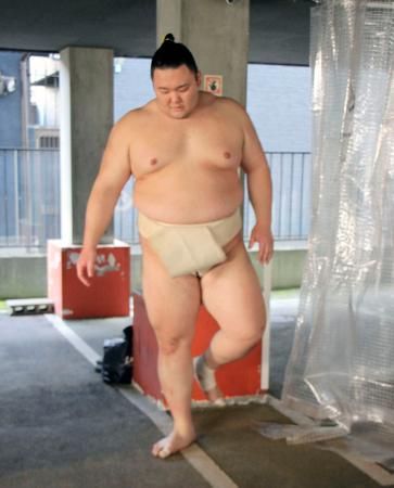 無観客開催が決まった大相撲春場所に向け、出稽古に訪れた朝乃山=2日午前、大阪市東成区の時津風部屋宿舎