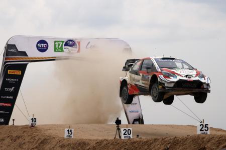 WRC第3戦、ラリー・メキシコを制したトヨタのセバスチャン・オジェ=14日、レオン(ゲッティ=共同)