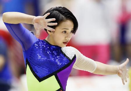 体操女子の村上茉愛