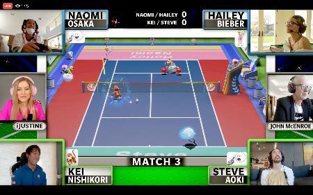 オンラインの慈善テニスゲーム大会でプレーする錦織圭(画面左下)と大坂なおみ(同左上、ともにフェイスブックから)