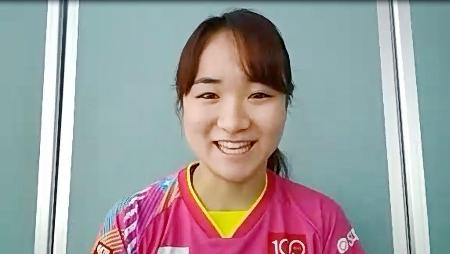 7日、オンラインで取材に応じる卓球女子の伊藤美誠