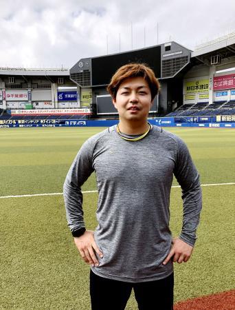 ZOZOマリンスタジアムで自主練習を行ったロッテ・松永(球団提供)