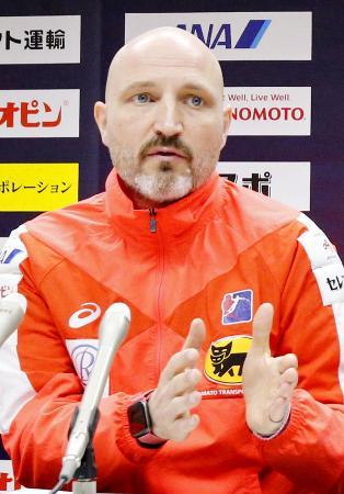 ハンドボール女子日本代表のキルケリー監督=2019年12月