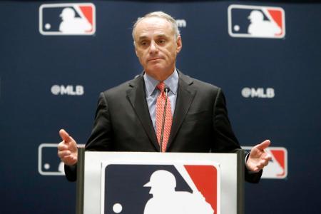 米大リーグ機構(MLB)のロブ・マンフレッド・コミッショナー=2019年11月(AP=共同)