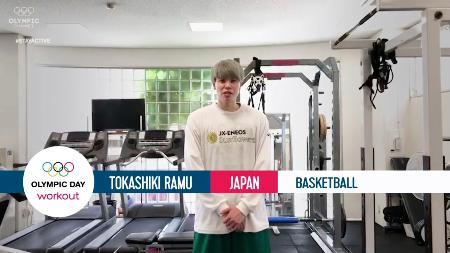 IOCの特別企画に講師役としてビデオ動画に登場するバスケットボール女子の渡嘉敷来夢(IOC公式サイトより)