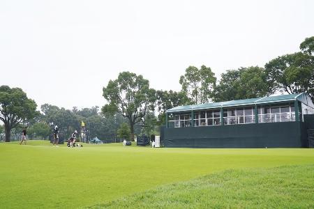 女子ゴルフのアース・モンダミン・カップの18番ホール=25日、千葉県のカメリアヒルズCC(ゲッティ=共同)