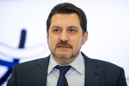 ロシア陸連のユルチェンコ会長=モスクワ、2月(AP=共同)
