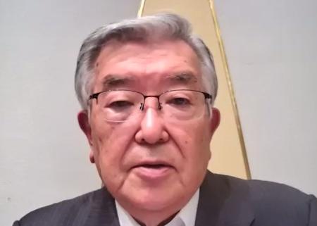 プロ野球のオーナー会議を終え、オンラインで記者会見するプロ野球の斉藤惇コミッショナー=13日