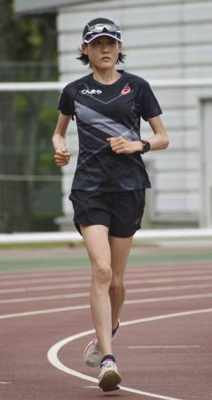 練習する東京五輪女子マラソン代表の前田穂南=岡山市