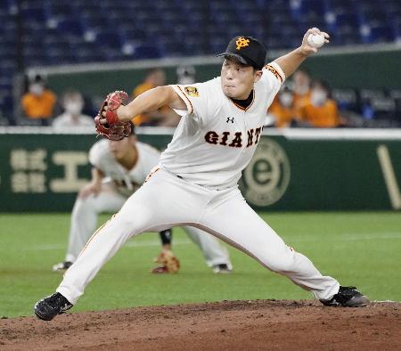 6回に登板し、プロ初勝利の巨人・大江=東京ドーム