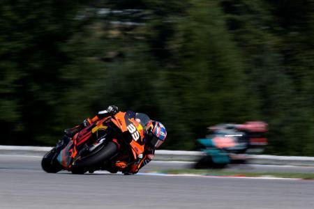 オートバイの世界選手権シリーズ第4戦チェコGP、モトGPクラスで初優勝したKTMのブラッド・ビンダー=9日、ブルノ(ロイター=共同)