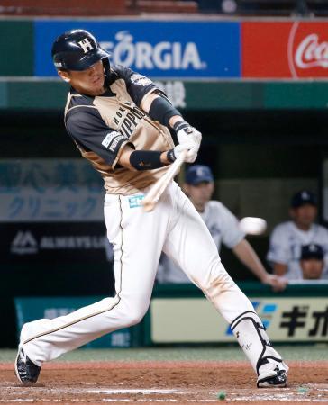 3回日本ハム2死満塁、清水が右前に2点打を放つ=メットライフドーム