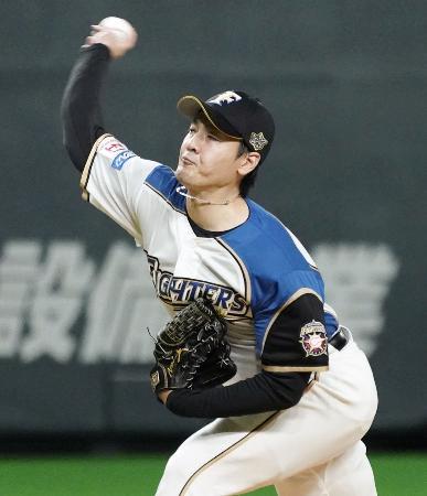 8回2失点で4勝目を挙げた日本ハム・有原=札幌ドーム