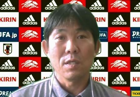 オンライン取材に応じるサッカー日本代表の森保監督=8日