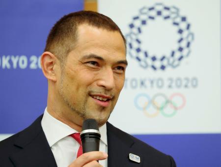 スポーツ庁次期長官への就任が決まり、意気込みを語る室伏広治氏=11日午後、東京都中央区(代表撮影)