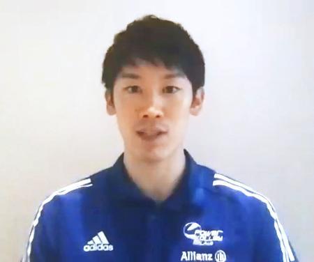 イタリア1部リーグ開幕を控え、オンラインで記者会見する石川祐希=24日