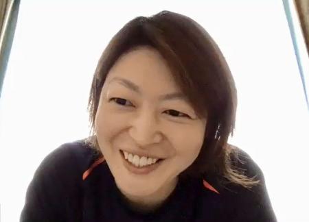 記者の質問にオンラインで答えるアイスホッケー女子日本代表の久保英恵=4日