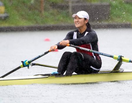 女子シングルスカルで決勝に進出した米川志保=戸田漕艇場