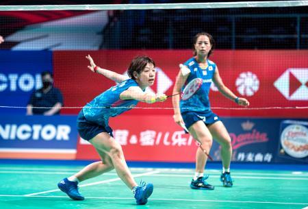女子ダブルスで決勝に進んだ福島(奥)、広田組=オーデンセ(Scanpix・AP=共同)