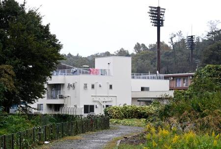 神奈川県平塚市内にある東海大の硬式野球部の寮=17日午後