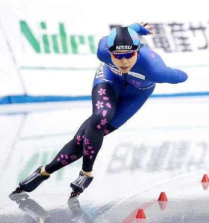 女子1500メートルで1分54秒81の大会新で5連覇を果たした高木美帆=エムウエーブ(代表撮影)