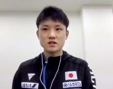 オンラインで取材に応じる卓球男子で東京五輪代表の張本智和=25日