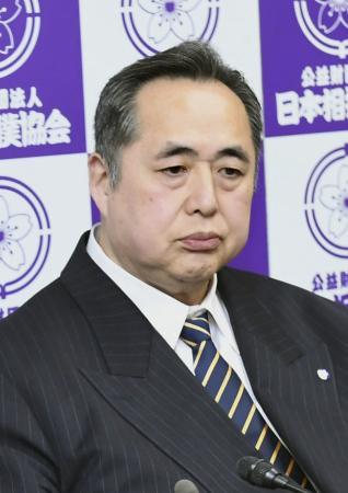 日本相撲協会の芝田山広報部長
