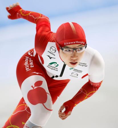 女子500メートル 優勝した小平奈緒=YSアリーナ八戸