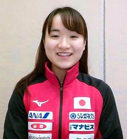 中国から帰国しオンラインで取材に応じる卓球女子の伊藤美誠=24日