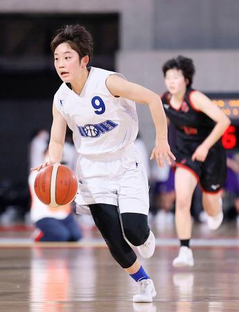 昭和学院―岐阜女 第4クオーター、プレーする昭和学院・田嶋(9)=東京体育館(JBA提供)