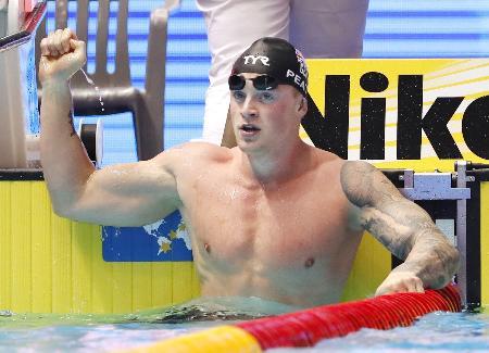 2019年世界水泳選手権の競泳男子100メートル平泳ぎで優勝したアダム・ピーティ=韓国・光州(共同)